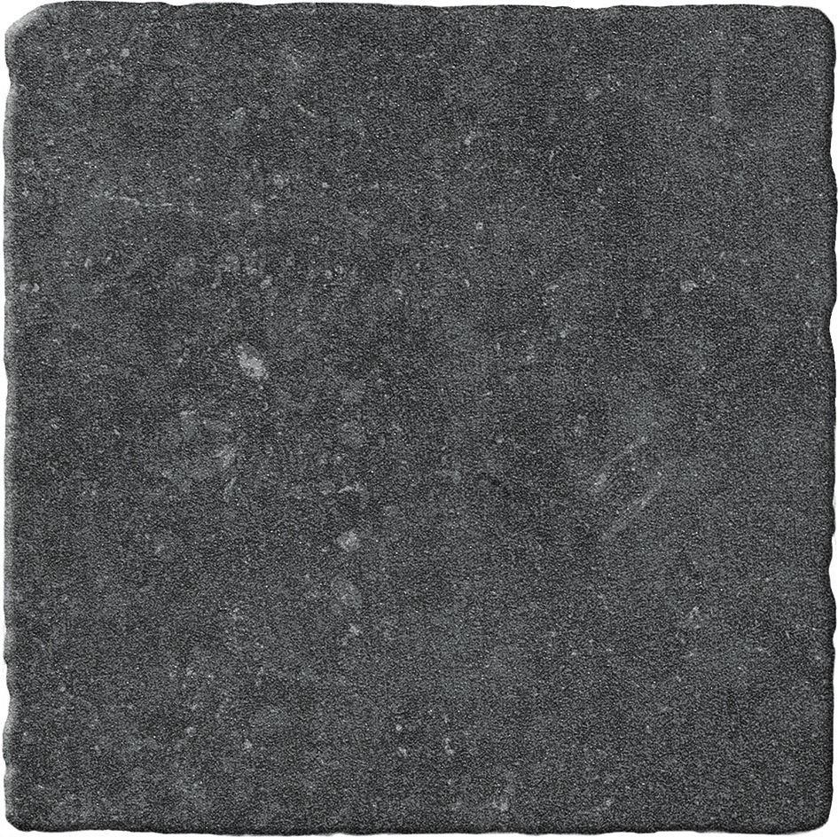 Bluestone Noir 20×20 getrommeld